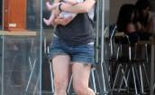 Mila Jovovich z córką trzy miesiące po porodzie!