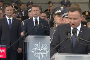 """Duda milczy o reformie sądownictwa, a Błaszczak oskarża: """"Opozycja chce odebrać prawa innym!"""""""