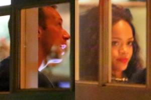 Rihanna spotyka się z... Chrisem Martinem?! (FOTO)