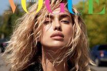 """Irina Shayk w blond włosach na okłade """"Vogue'a"""""""