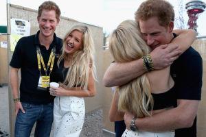 Książę Harry ukrywa romans z Ellie Goulding?!