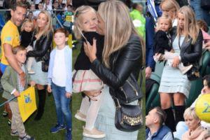 Karolina Kraśko całuje córkę przed kamerami... (ZDJĘCIA)