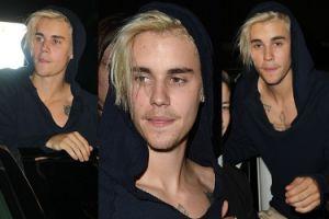 Zmęczony Bieber otoczony przez fanki (FOTO)