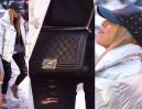 Chodakowska z torebką z jagnięcej skóry za 15 tysięcy (ZDJĘCIA)