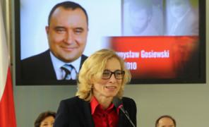 Beata Gosiewska chce więcej pieniędzy. Domaga się... 5 MILIONÓW ODSZKODOWANIA!