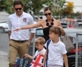 Rozenek i Majdan z synami na rozpoczęciu roku