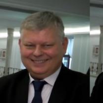 """PUDELEK W SEJMIE: Marek Suski: """"Prezes Kaczyński nie ma żony, więc nie ma dzieci"""""""