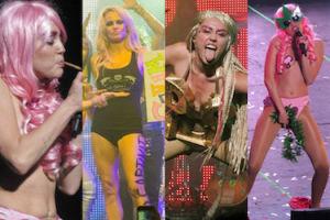 PRAWIE NAGA Miley Cyrus na scenie z... Pamelą Anderson! (ZDJĘCIA)