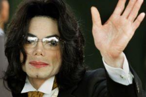 """Michael Jackson przewidział swoją śmierć? """"Pisał listy, w których twierdził, że codziennie BOI SIĘ O SWOJE ŻYCIE"""""""