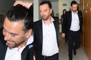 Uśmiechnięty Emil Haidar zeznaje w sprawie złamanego paznokcia Dody… (ZDJĘCIA)