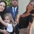 """Jolie skrytykowana za """"ocieplanie wizerunku"""" w """"Vanity Fair"""": """"Nie potrafi ani nie chce gotować!"""""""