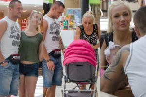 Trybson i Eliza z córeczką na zakupach (ZDJĘCIA)