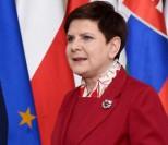 """Szydło dostała nagrodę za """"wprowadzenie w życie Katolickiej Nauki Społecznej"""" obok grupy... """"leczącej z homoseksualizmu""""!"""