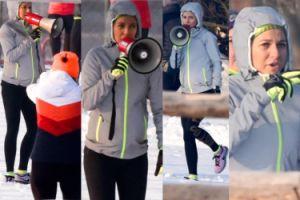Lewandowska z megafonem trenuje fanki na śniegu (ZDJĘCIA)