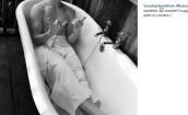 Brooklyn Beckham pozdrawia z wanny