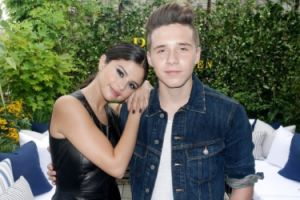 Selena Gomez i Brooklyn Beckham razem na New York Fashion Week! (FOTO)