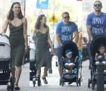 Anna Czartoryska z mężem i dziećmi na spacerze (ZDJĘCIA)