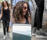 Michał Szpak w butach z frędzlami i skórzanych spodniach pod