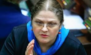 """Krystyna Pawłowicz grozi demonstrantom na Facebooku: """"BĘDZIECIE SIEDZIEĆ ZA TERROR I NIENAWIŚĆ! Przygotujemy procesy!"""""""
