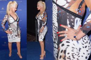 Christina Aguilera POWIĘKSZYŁA SOBIE POŚLADKI? (Zdjęcia)