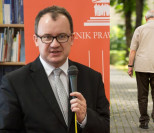 """Rząd PiS chce odebrać emeryturę... 95-letniemu powstańcowi! """"Za przelaną krew dla Polski zostałem nagrodzony dezubekizacją"""""""