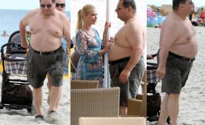 Ryszard Kalisz TOPLESS na plaży! W crocsach (ZDJĘCIA)