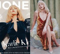 Karlie Kloss pozuje w blond peruce