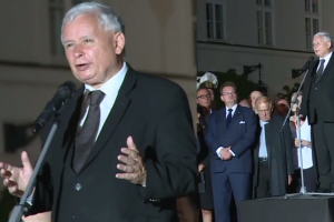 """Kaczyński na 88. miesięcznicy smoleńskiej: """"Po 96 marszach będziemy mogli powiedzieć: koniec, bo zwyciężyliśmy"""""""