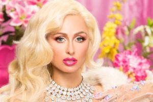 "Paris Hilton pozuje dla magazynu ""Galore"""