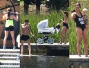 Lewandowscy w willi na Warmii: trening na tarasie, opalanie na prywatnej plaży (ZDJĘCIA)