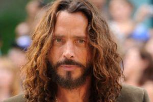 """Chris Cornell przedawkował leki na receptę? """"Zażył jedną lub dwie tabletki za dużo"""""""