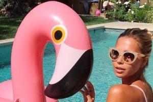 Sandra Kubicka też ma różowego ptaka