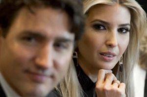 Ivanka Trump patrzy na Justina Trudeau...