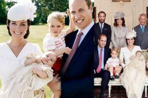 Już są OFICJALNE ZDJĘCIA z chrzcin księżniczki Charlotty!