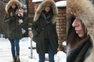 Marta Kaczyńska na spacerze z psem (ZDJĘCIA)