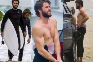 Liam Hemsworth bez koszulki na plaży w Malibu (ZDJĘCIA)
