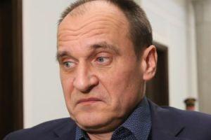 Hotel dla Kukiza kosztuje ponad dwa tysiące złotych miesięcznie. Po co mu więc mieszkanie w centrum Warszawy?