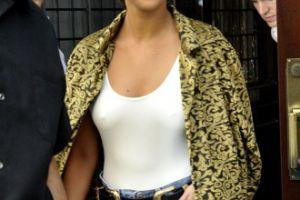 Selena Gomez bez stanika w Nowym Jorku (GALERIA)