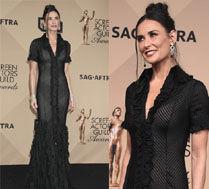 53-letnia Demi Moore w prześwitującej sukni!