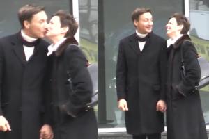 Ilona Felicjańska całuje się z nowym facetem (WIDEO)