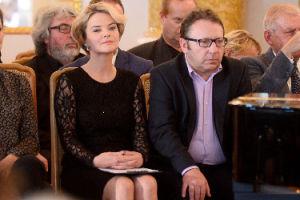 """Zamachowska martwi się w tabloidzie: """"Współczuję Zbyszkowi stresu. Cała Polska wie, jakie mamy zobowiązania finansowe"""""""