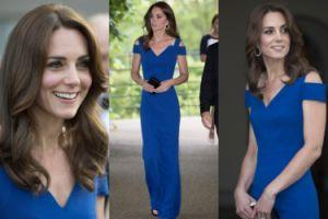Szczupła Kate Middleton w niebieskiej sukni (ZDJĘCIA)