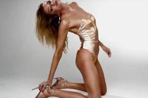 """Była dziewczyna Miley Cyrus pręży się dla magazynu """"Love"""""""