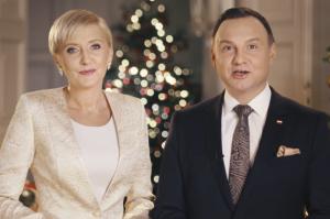 """Świąteczne życzenia od pary prezydenckiej: """"Polityczne emocje nie powinny przesłonić tego, co najważniejsze"""""""