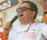 """Telewizja Polska POZYWA MAKŁOWICZA! """"Udział w spocie powinien być potraktowany jako zaszczyt"""""""