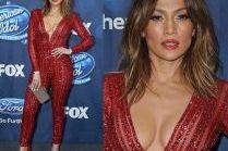 "Dekolt Jennifer Lopez na imprezie ""Idola"""