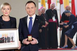 """Agata Duda przekazała na licytację Wielkiej Orkiestry Świątecznej Pomocy... """"zdjęcie z mema"""" (FOTO)"""