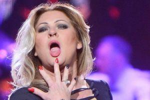 """Beata reklamuje się w """"Pani"""": """"Mogę zrobić obiad, mogę zrobić striptiz!"""""""