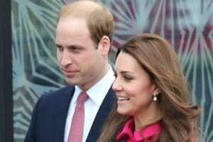 Z OSTATNIEJ CHWILI: Kate Middleton zaczęła rodzić!