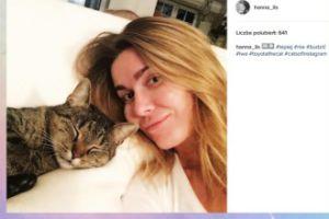 Hanna Lis pozuje z kotem